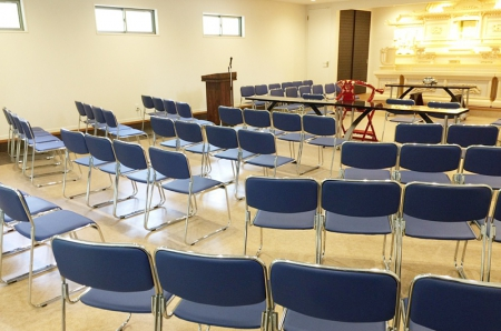 大分県・葬祭ホール家具納入