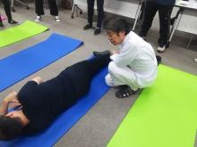 股関節のケア体操